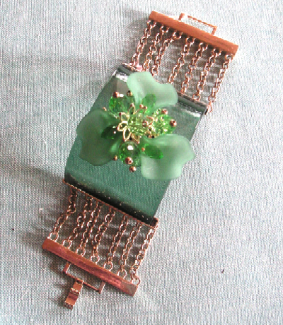 tuccifashiononline-2015-094-bracelet-green-flower+copper-band-pict1369-400x460