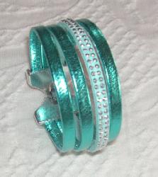 tuccifashiononline-2015-128-bracelet-turq-4-strands-pict1441-223x250
